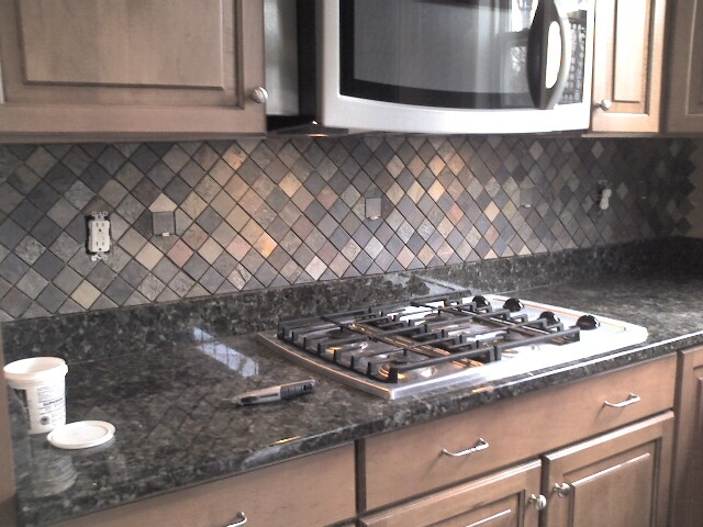 Ceramictec multi color tumbled slate kitchen backsplash - Custom kitchen backsplash tiles ...