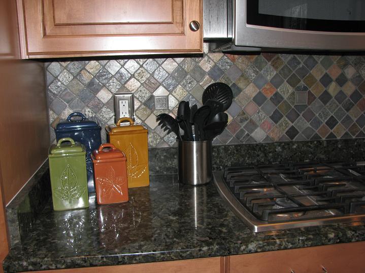 Ceramictec - Multi-Color Tumbled Slate Kitchen Backsplash