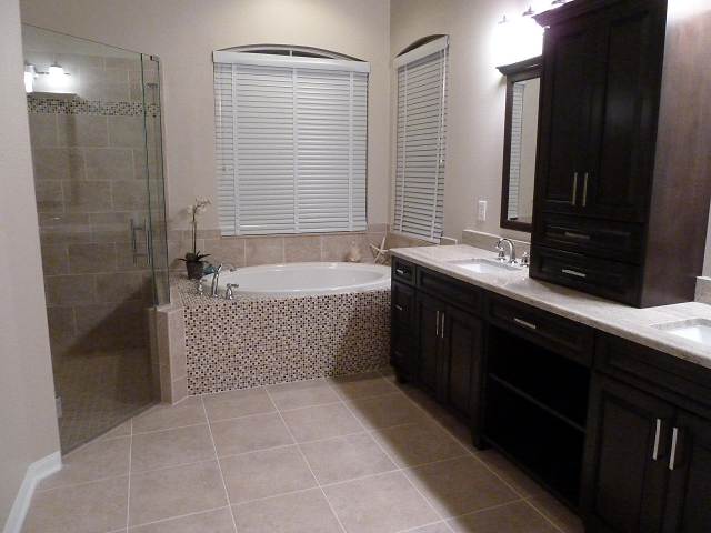 Ceramictec custom bathroom tile remodel in tampa florida for Bath remodel tampa
